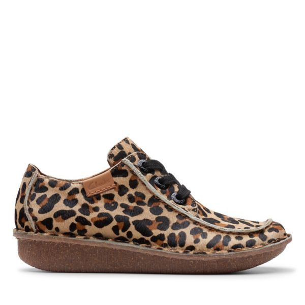 Clarks Womens Funny Dream Flat Shoes Leopard | UK-1543879